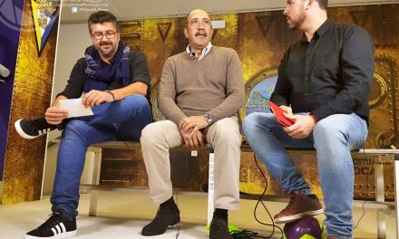 """CARMELO: """"No se cantan cuplés al Cádiz CF porque ya no está Chico Linares"""""""